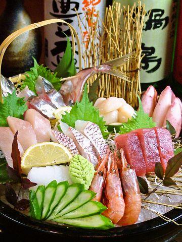 刺身の<食べ放題>コース 120分[飲放]付き4500円(税込)