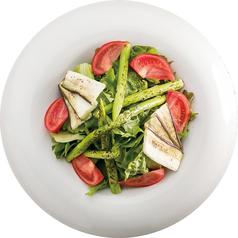 料理メニュー写真季節の和野菜サラダ