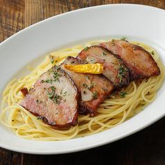 スパゲッティ 日本一辛い黄金唐辛子のペペロンチーノ 阿蘇自然豚のベーコン添え