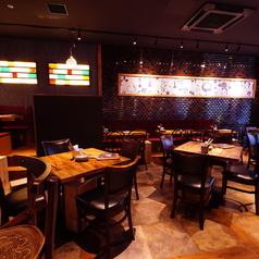 炭火とワイン 天王寺店の雰囲気1