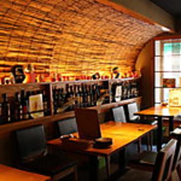 ダルマ食堂の雰囲気1
