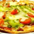 料理メニュー写真トマトとモッツァレラチーズのマルゲリータ