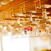ベルギービールの専用グラスがたくさん!観ているだけでも楽しめます♪