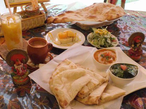 本場インド料理のメニューはバラエティ豊か♪テイクアウトのらんがるboxも大人気