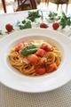 料理メニュー写真トマトとモッツァレラのパスタ