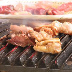 鉄板ななめ焼き 囲炉鶏やのおすすめポイント1