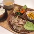 料理メニュー写真イートインセット(メインのおかず+ライス+スープ+サラダ+小鉢)⇒800円