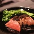 料理メニュー写真低温調理牛赤身ステーキ150グラム