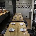 テーブルは移動が可能で、様々な人数のご対応が可能です!ふらっとでも宴会でも、シーンに合わせてご利用下さい☆3500円・4000円と各種コースも取り揃えておりますので、是非ご予約してご来店下さい!