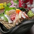 料理メニュー写真市場直送鮮魚種盛り合わせ (1人前)