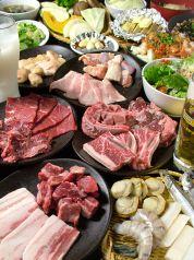 焼肉食べ放題 カルビ市場 小倉店の特集写真