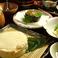 豆腐料理はかがり火の自慢です。冷たくしても温かくしてものどごし柔らかに楽しめる至高の味をリーズナブルに2000円台からご用意しております。他、すき焼きやしゃぶしゃぶなどの季節を問わず食べたい鍋もののメニューも満載です♪