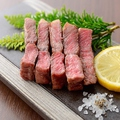料理メニュー写真A4黒毛和牛ステーキ (120g)