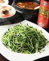 料理メニュー写真<野菜類>マーボー茄子/クウシンサイ炒め/旬野菜のクリーム煮/絹サヤと腸詰炒め