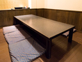 6名様席×3卓、最大20名様収容可能です!合コンやママ会、女子会に最適。事前のご予約をおすすめいたします。