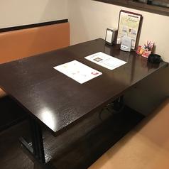 広々としたテーブルのお席。2名~