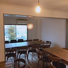 10名様~20名様迄のご宴会に対応可能な2階個室。15名様以上であれば貸切スペースとなりますので、プライベートなご宴会等にも最適です。