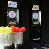 【テーブル席+ダーツ】ダーツはもちろん、大型モニター、プロジェクター、マイク、ゲーム、パーティーグッズなど、各種イベントを盛り上げる設備を完備しております!