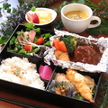 料理メニュー写真洋食弁当(80g)