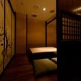 グルメな大人のデートなどにお奨めの、4名様までご利用いただける静寂と癒しの掘りごたつ個室です。