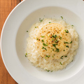料理メニュー写真焼きカマンベールチーズリゾット