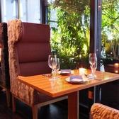デートや落ち着いたお食事におすすめのゆったりお席です。