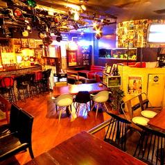 本店ブレス1階♪ソファー席は最高(^-^) 水槽を眺めながら、ゆっくりお酒と美酒をお楽しみ下さい。