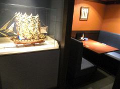 いたる所にある船オブジェをご覧下さい。