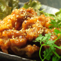 料理メニュー写真ヤンニョムチキン(韓国式鶏唐揚)