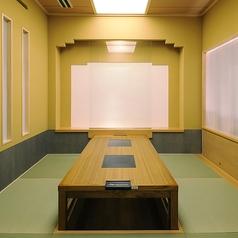 2階 個室 座敷(掘りごたつ式)6名掛けテーブル2間3名様から6名様で個室でご予約承ります。