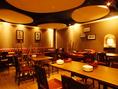 全44席。人気の個室、ソファー席、テーブル席など、用途やシーンに合わせてご利用頂けます。