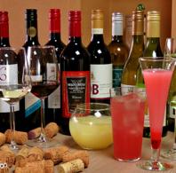 アンバーでは飲み放題のワインがなんと12種類ご用意!!