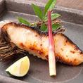 白味噌で引き立つ芳醇な味わい。当店の焼き魚で1、2を争う人気!銀だら西京焼き!
