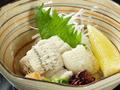料理メニュー写真おとし(鰻の湯引き) 自家製ポン酢でどうぞ!