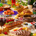 【コースプラン充実】お時間とご予算に合わせて、種類豊富に飲み放題付きコースをご用意してます♪最大時間無制限の贅沢な飲み放題付きコースも大人気♪お肉を中心とするボリューム満点なコース内容ですが、産地にこだわるお野菜や、チーズ、鮮魚なども使用したバランスの良いコース内容となっております♪各種宴会に…♪