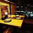 ◆三間堂 新宿NSビル店 個室テーブル席◆ 地酒と京風おでんが自慢の居酒屋、三間堂 新宿NSビル店では、広々とした店内にビジネスシーンやプライベートシーンそれぞれにお使いいただける個室席をご用意致しております。ご宴会にはランチタイムの昼宴会利用がお得でおすすめです!