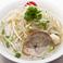 料理メニュー写真タイしょうゆラーメン ☆☆☆ あっさり味辛くないスープ 卓上の調味料でお好みの味に仕上げるのがタイ流
