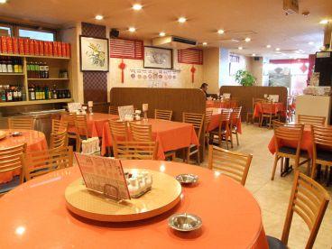 中国料理 萬新菜館本店の雰囲気1