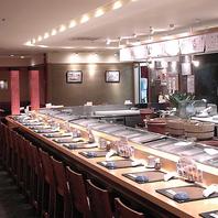 落ち着いた和の空間でお食事をお楽しみいただけます。
