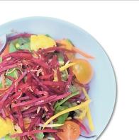 オーガニックサラダ、オーガニックパクチーおかわり無料