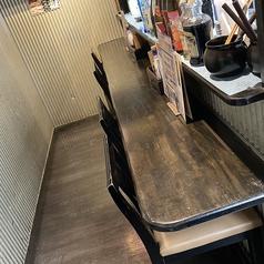 カウンター席もございます。会社帰りのサク飲みにもぴったり