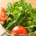 タタキきゅうりとパクチーのサラダ