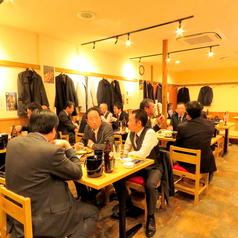釜焼鳥本舗おやひなや 博多駅筑紫口店の雰囲気1