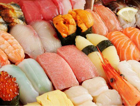 回転寿司のイメージが変わる!全国各地より直送の新鮮な魚介をどうぞ!