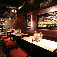 神楽坂ワヰン酒場の雰囲気1