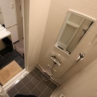 シャワールーム完備♪
