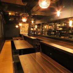 4名テーブル×3卓ございます。喜志駅から徒歩5分と駅チカなので普段使いから小宴会でのご利用にもピッタリです!