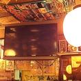 店内には大型テレビモニターも♪