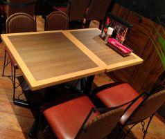 開放的な店内にはオシャレなテーブルとチェアを多数ご用意♪
