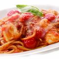 料理メニュー写真完熟トマトとモッツァレラ
